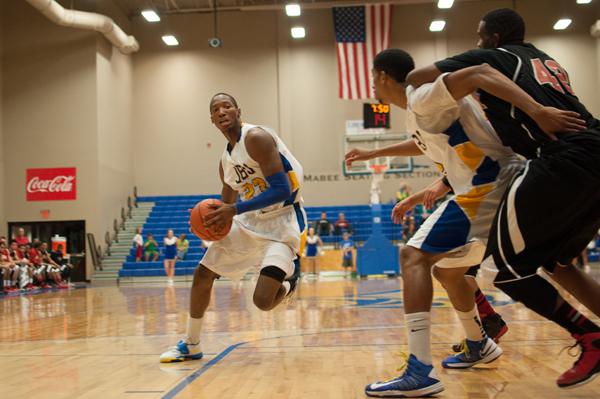 Basketball opens season 5-0
