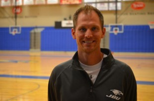 New basketball coach adjusts to new team