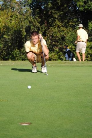 Golf nears conference meet
