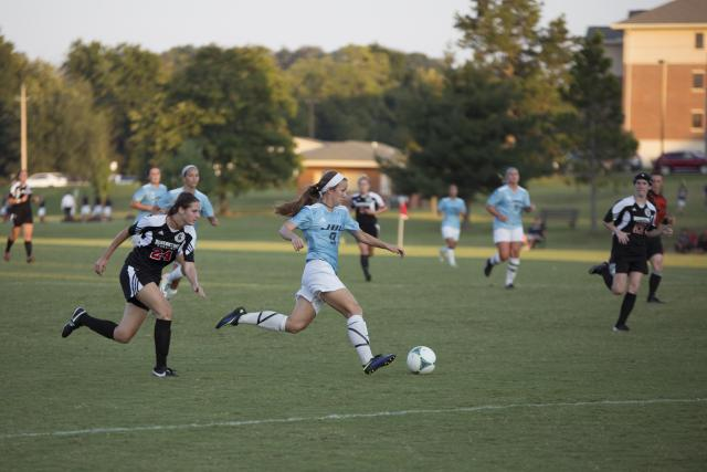 Golden Eagles fall to undefeated Ravens