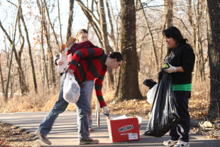 CAUSE ministries team up to give back