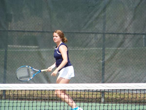 Tennis opens new season