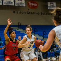 Women's basketball fights to make it back to NAIA national championship