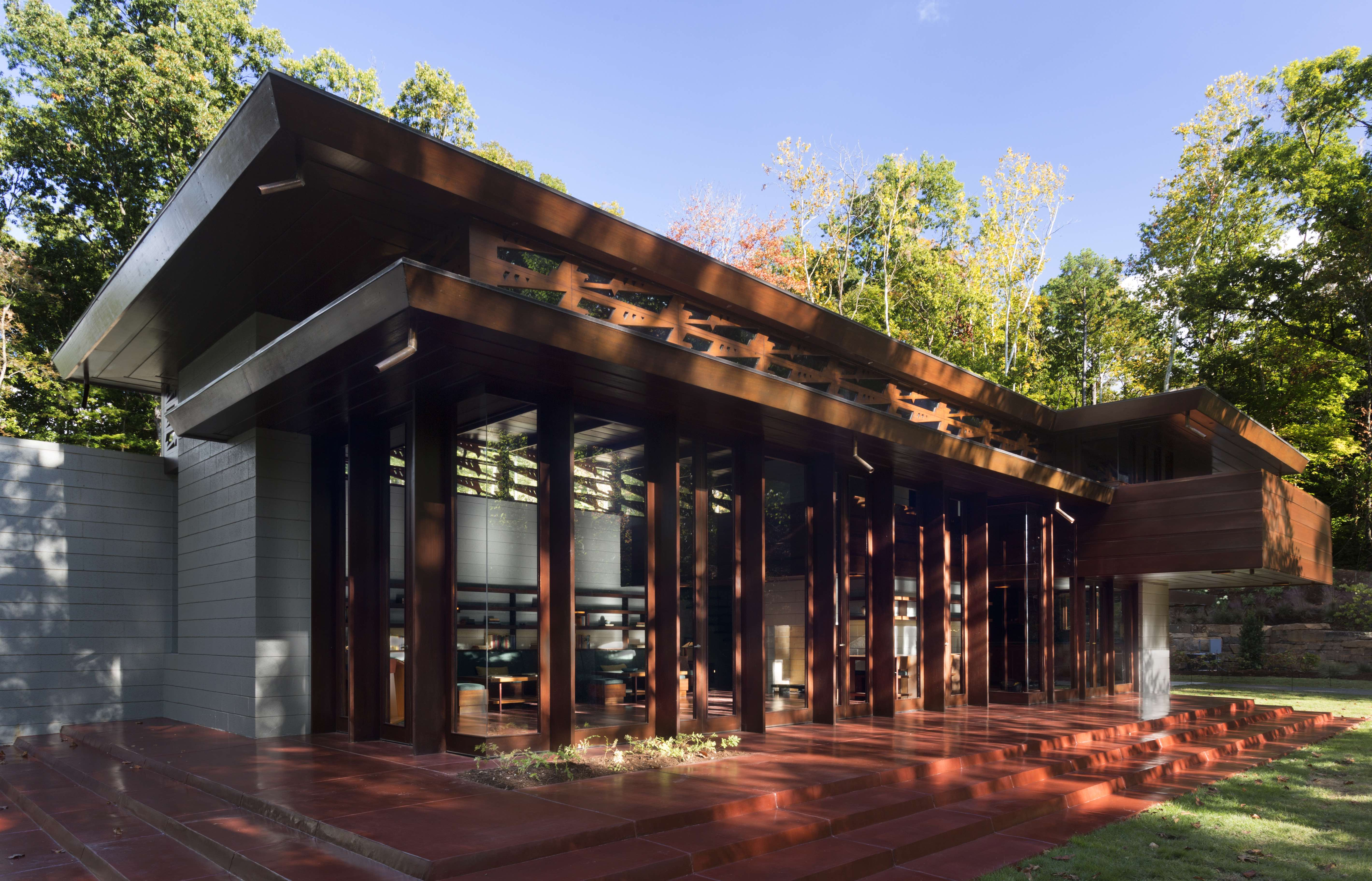 Museum unveils frank lloyd wright house for Architecture frank lloyd wright