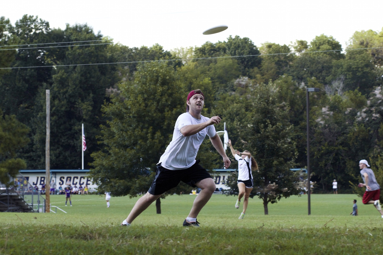 Frisbee clubs seek chemistry
