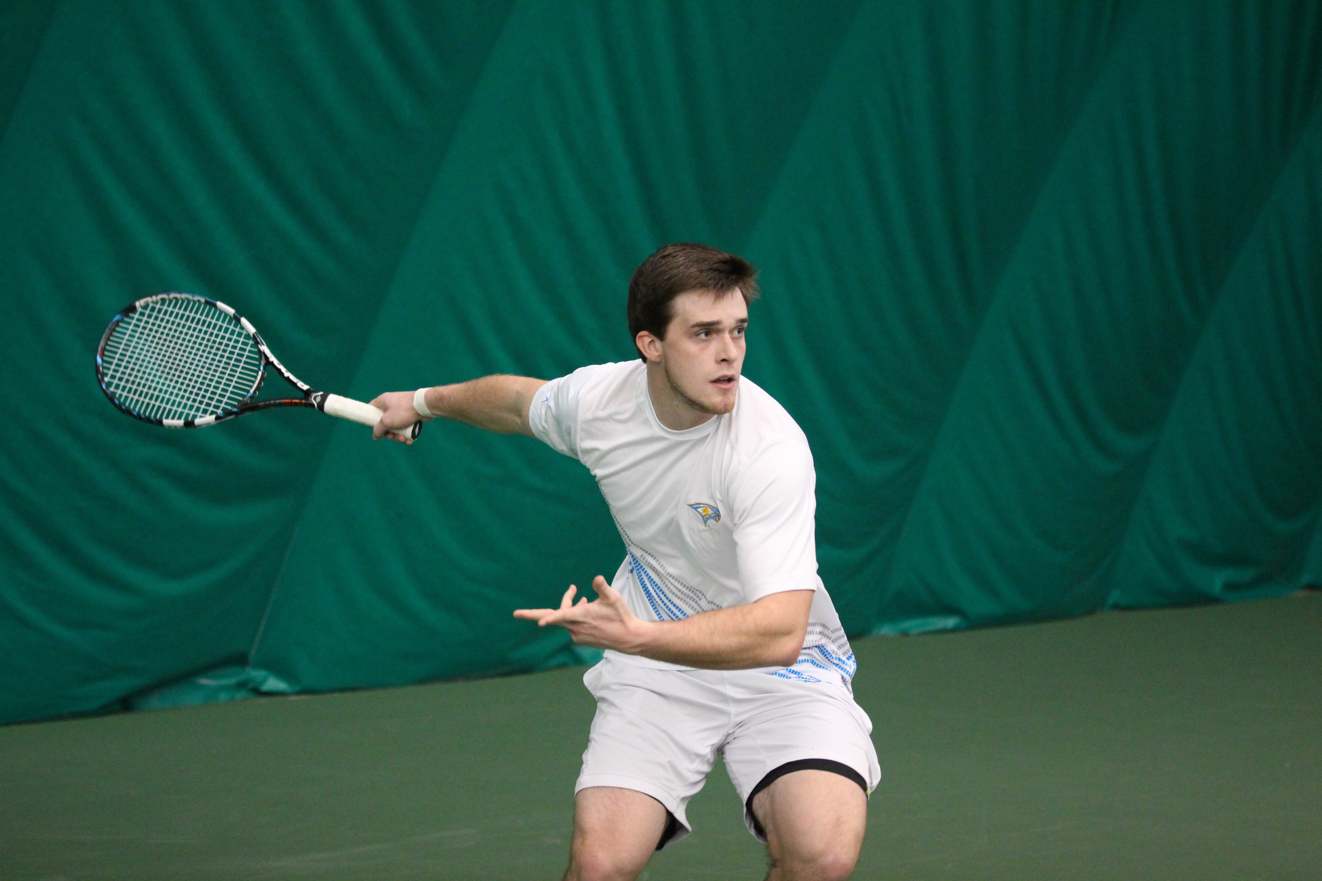 Men's tennis faces challenges