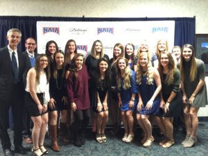 Women's team goes to Nationals